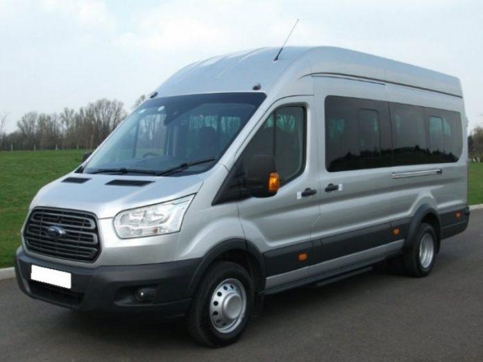 minibus hire in London