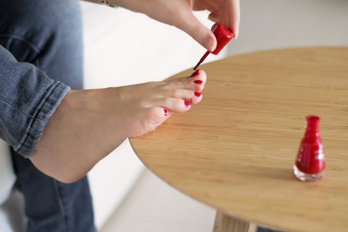 gel polish starts to remove and cuticle starts