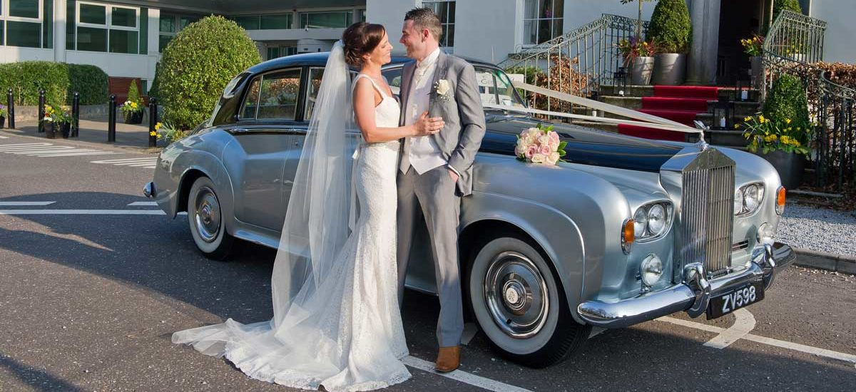 Arrive in style at your wedding day by hiring wedding car hire in uk